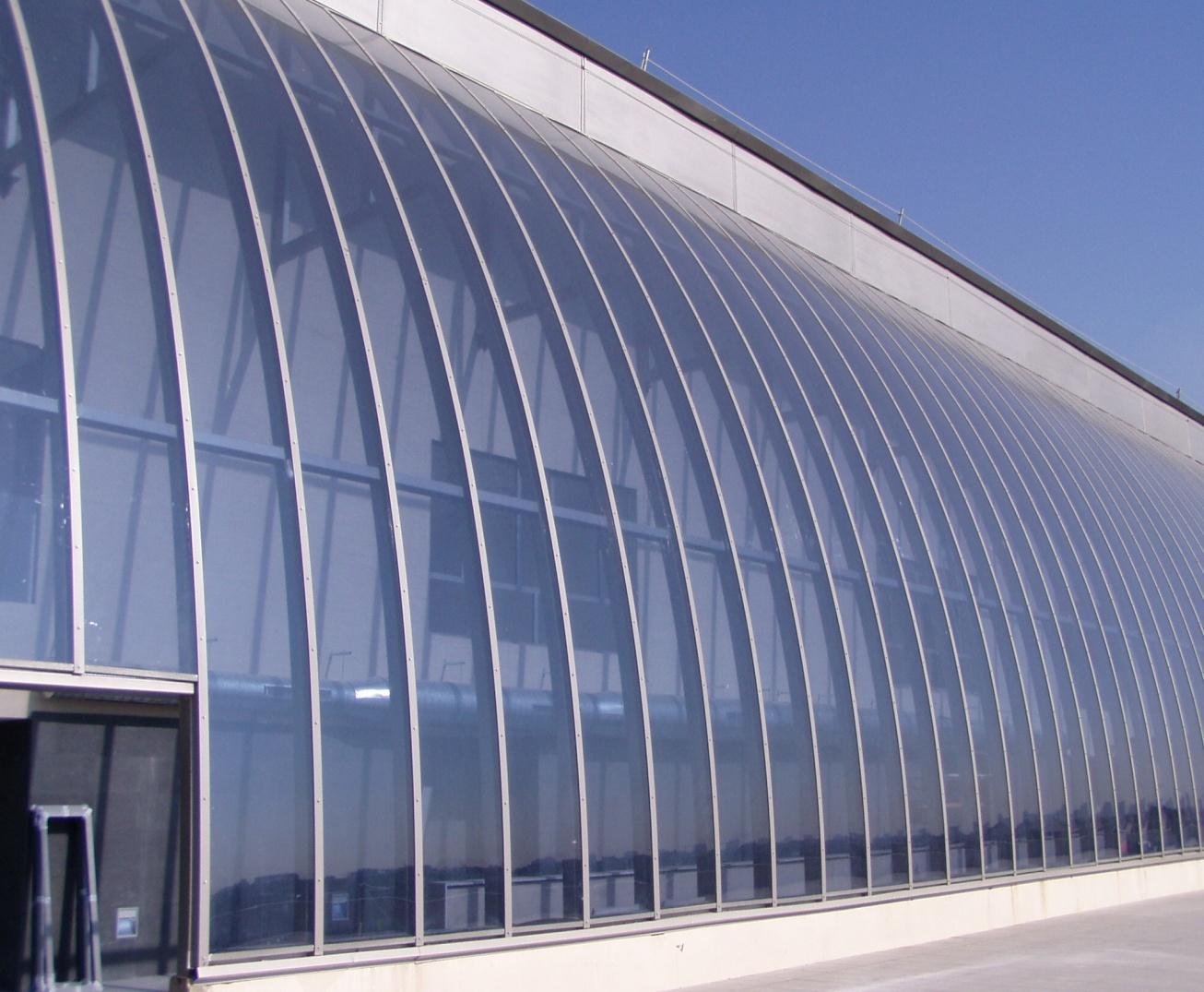 Fachadas policarbonato en fachada - Placa de policarbonato celular ...