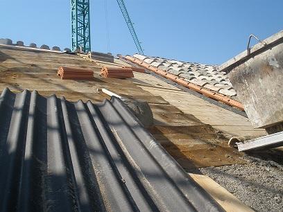 Rehabilitaci n de cubiertas en edificios patrimoniales for Tejado madera onduline
