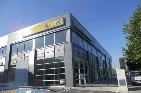 Imagen fachada Opel Reus