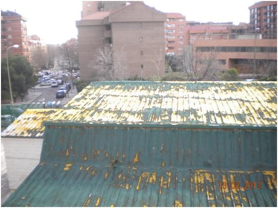 Reparaci n de cubiertas con espuma de poliuretano la - Pintura para techos con humedad ...