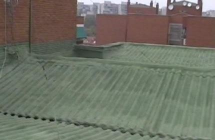 Como aislar un techo de chapa por fuera materiales de for Como aislar el techo de un piso